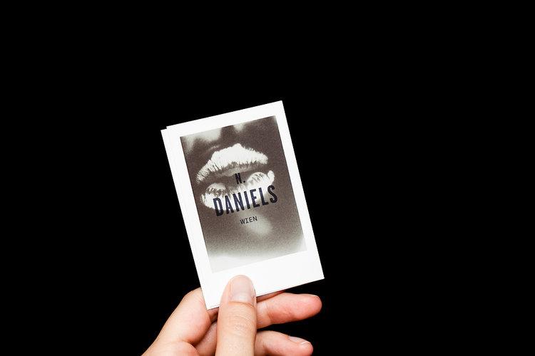 Cartões termo sensíveis projetados por Bureau Rabensteiner.