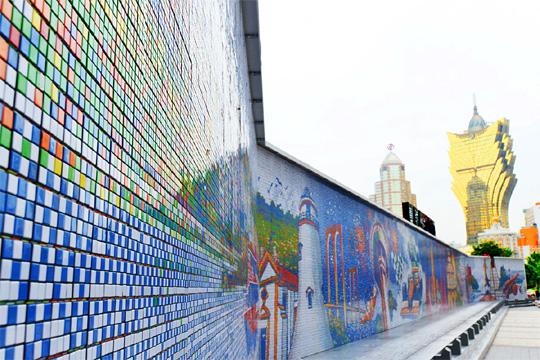 Skyline de Macau construída com 85.794 Cubos Rubik.