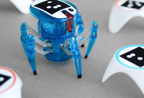 Bots_alive apresenta Hexbug® Spiders.